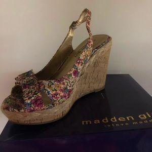 Steve Madden floral wedges size 7.5